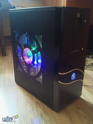 Racunar Q6600 Core2Quad 8GB Ram GeForce 9500 1GB 320HDD