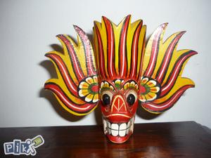 Suvenir maska drvo ručni rad Latinska Amerika