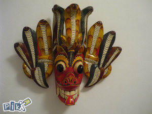 unikatna veća maska ručni rad