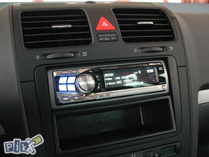 Radio CD Blenda Adapter Golf 5 ,Golf 6 , Octavia
