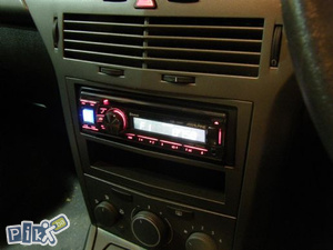 Radio CD Blenda Adapter Opel Astra H i Zafira