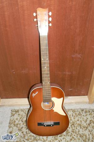 Akustična gitara Piccola,gitara