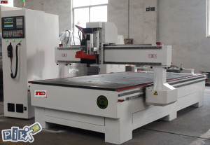 CNC STROJ 1200X2500
