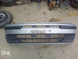 Fiat Punto 2002 Prednji Branik