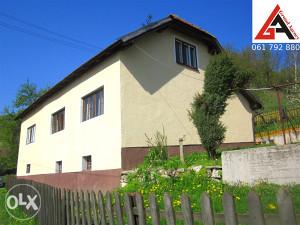 Kuća 140 m2,1000 m2 okućnice i 2.000 m2 voćnjaka-ZENICA
